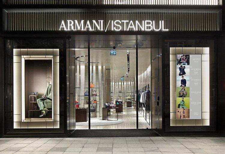 ARMANİ'DEN İSTANBUL'DA BİR İLK