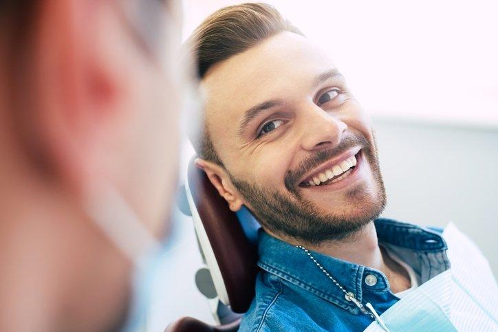Diş hassasiyeti nedenleri ve çözümleri