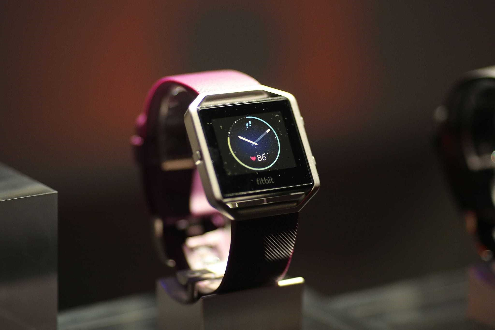 Fitbit Blazeu2019s smart fitness watches are produced for fitness fanatics.