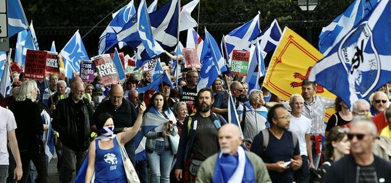 THOUSANDS OF SCOTS MARCH FOR NEW INDEPENDENCE VOTE