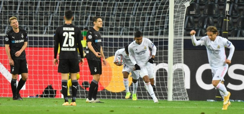 REAL SNATCH DRAW AT GLADBACH WITH LATE CASEMIRO GOAL