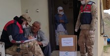 Turkish soldiers help elderly amid coronavirus outbreak
