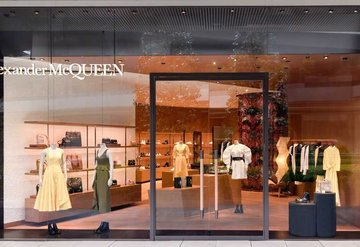 AlexanderMcQueen Zorlu Centerda açıldı