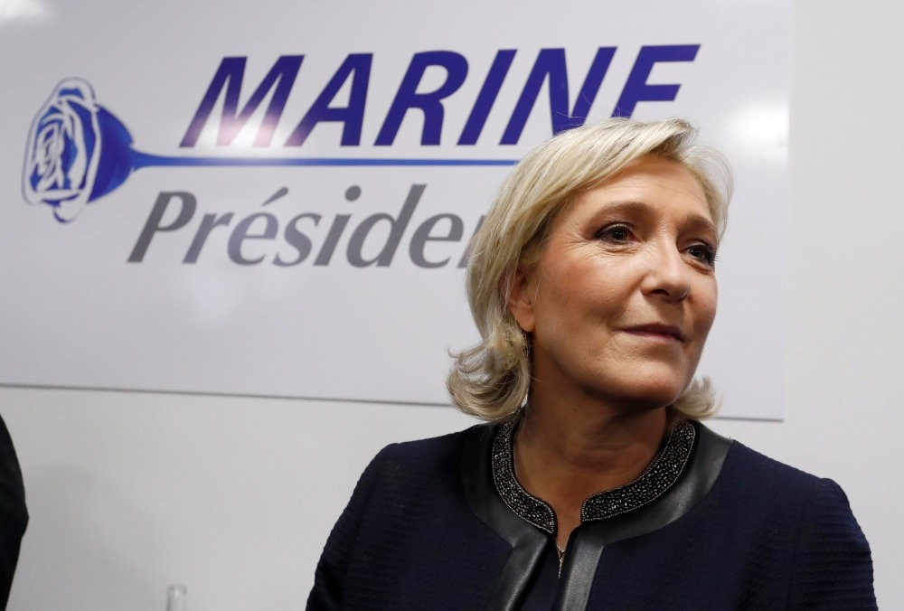 The election of far-right National Front (FN) leader Marine Le Pen as thr French president can no longer be considered impossible.