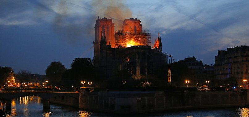 FAR-RIGHT AFD USES NOTRE DAME FIRE FOR ANTI-ISLAM PROPAGANDA