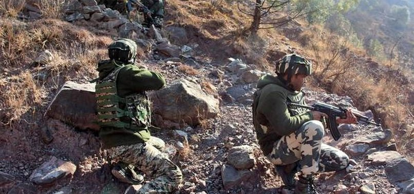 4 PAKISTANI SOLDIERS KILLED IN SEPARATE CLASHES