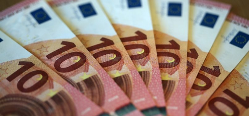 EUROZONE INFLATION RISES TO 6-YEAR HIGH ON PRICEY OIL