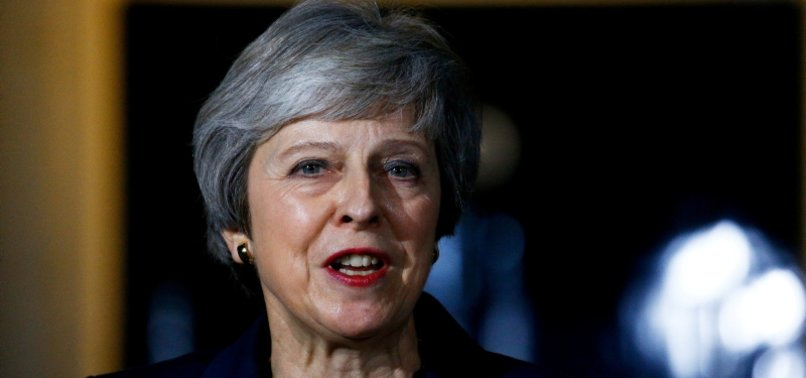 UK CABINET MINISTERS APPROVE DRAFT BREXIT DEAL