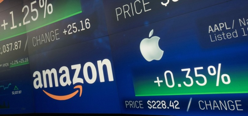 AMAZON INKS DEAL WITH APPLE TO DIRECTLY SELL ITS PRODUCTS