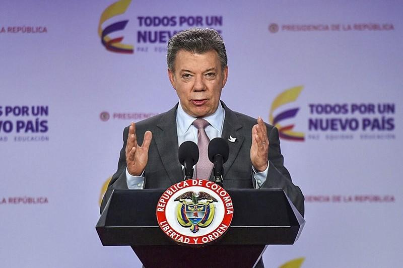 Colombian President Juan Manuel Santos speaking at Narino Palace in Bogota on Oct. 4, 2016. (AFP Photo)
