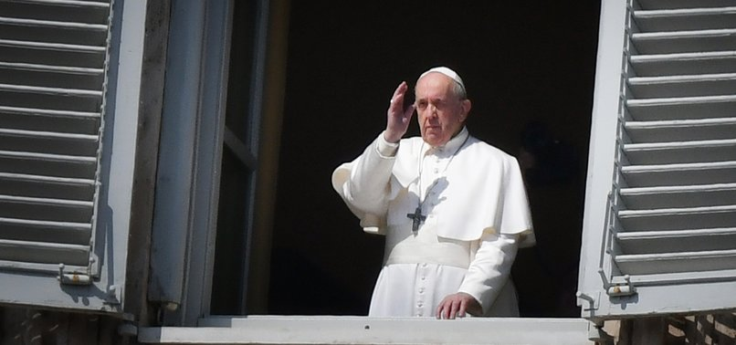 CLERGYMAN IN POPES RESIDENCE REPORTED WITH VIRUS
