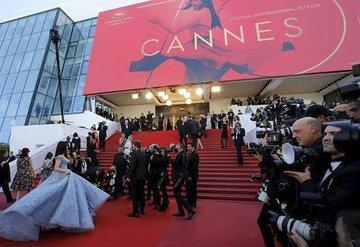 Cannes Film Festivalinin maskesiz mi düzenlenecek?
