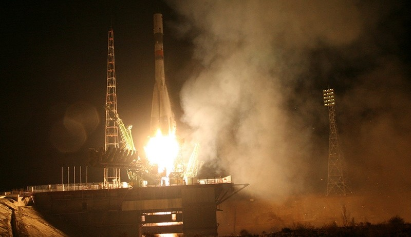 A Russian Progress MS-04 space cargo ship with food and supplies for the International Space Station blasts off from the launch pad at the Baikonur cosmodrome, Kazakhstan, December 1, 2016 (Reuters Photo)