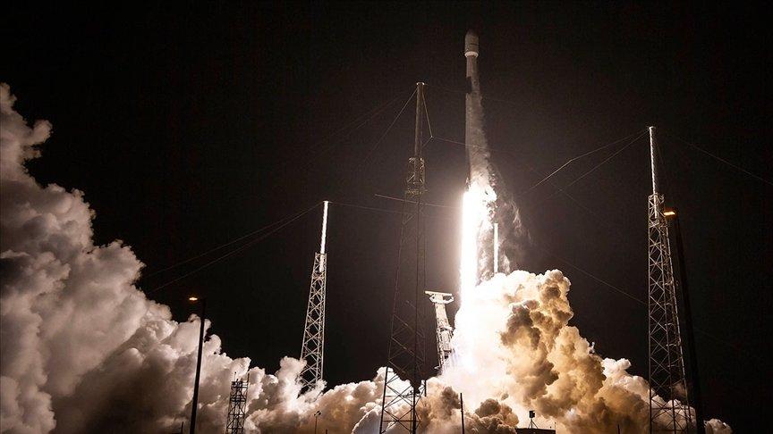 SPACEX 7 TONLUK DİJİTAL RADYO UYDUSUNU UZAYA YOLLADI
