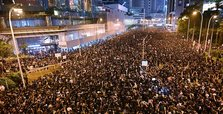 2M-strong rally draws apology from Hong Kong leader