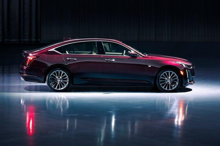 İlk bakış: Cadillac CT5
