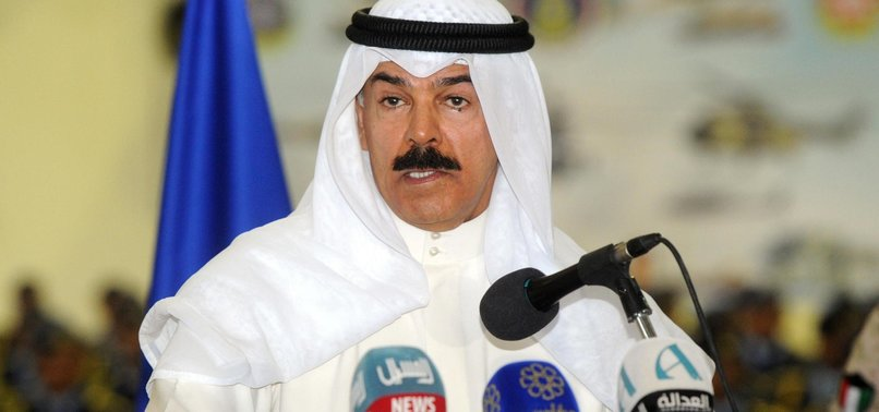 KUWAIT TO ALLOW STATELESS PEOPLE TO SERVE IN ARMY
