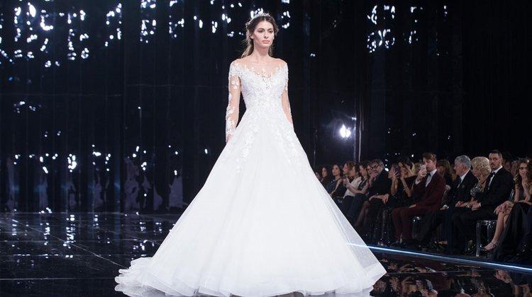 87de5bf5b4424 2019'un trend gelinlik modelleri - CosmopolitanTurkiye