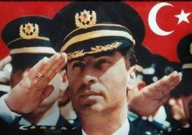 Eskişehir'deki FETÖ operasyonunda gözaltına alınanlardan biri tanıdık çıktı