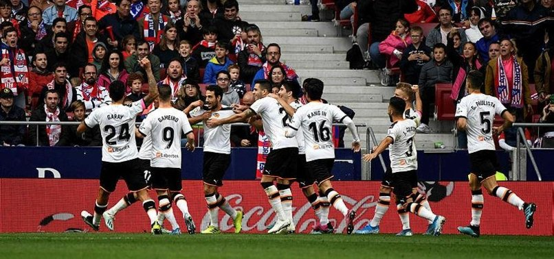PAREJO STUNNER EARNS VALENCIA DRAW AT ATLETICO MADRID