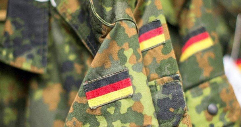 Alman ordusu ırkçı kaynıyor