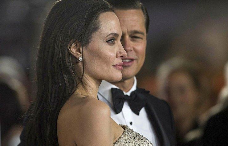 Angelina Jolie, bir zamanların büyülü çifti Brangelina'nın yolun sonuna nasıl geldiğini ise şöyle anlattı.