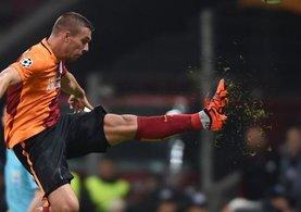 Lukas Podolski menajeri İstanbul'a geldi