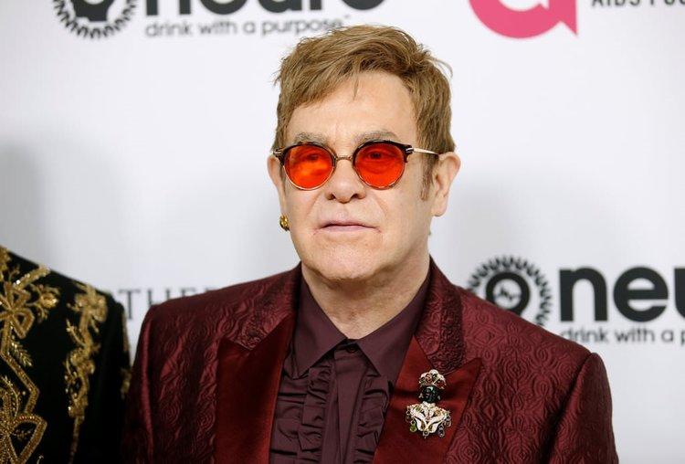 Elton John 70 yaşında