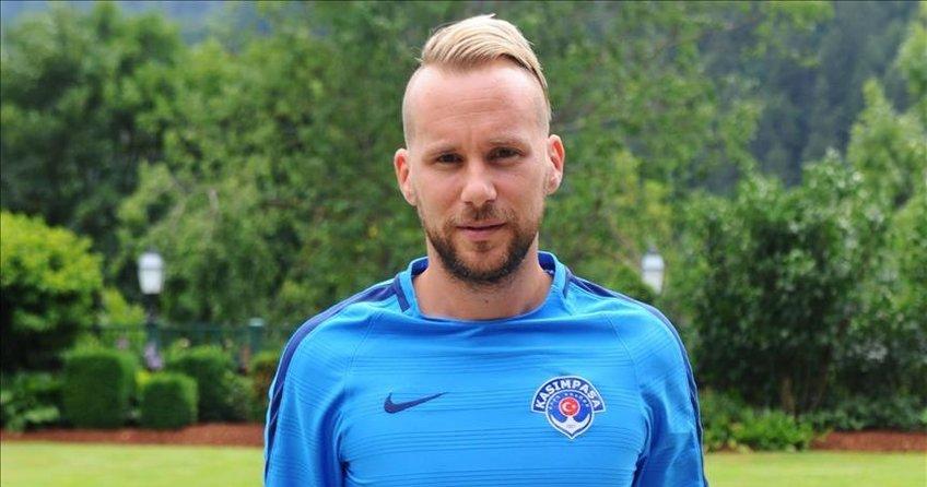 Kasımpaşa, Alman futbolcu ile yollarını ayırdı