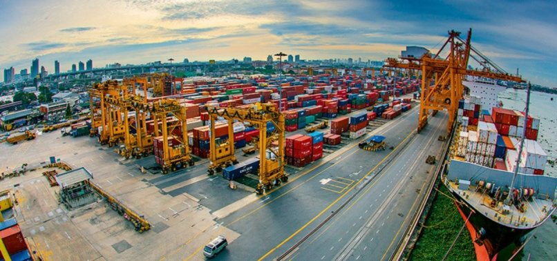 SUPPORTED BY EXPORTS, ECONOMY CONTRACTS LOWER THAN EXPECTED IN Q2