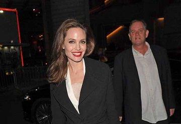 Angelina Jolie Londra Film Festivalinde!