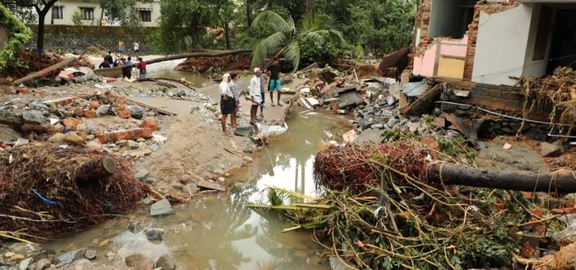FLASH FLOODS KILL 37 IN INDIAS TOURIST HOTSPOT KERALA