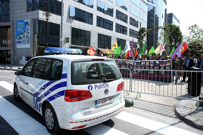 PKK supporters rally in Brussels on May 28, 2016 (AA Photo)
