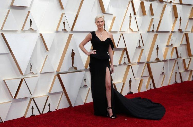 92'nci Oscar Ödülleri kırmızı halı şıklığı