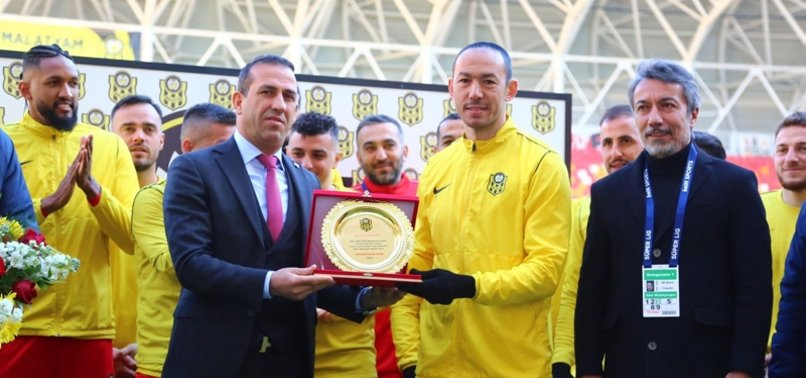 TURKEYS UMUT BULUT BREAKS SUPER LIG APPEARANCE RECORD