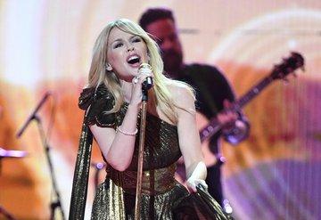 Kylie Minogue, servetini 70 milyon dolara yükseltti