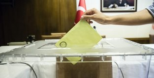 Turks across Middle East cast ballots in expat vote
