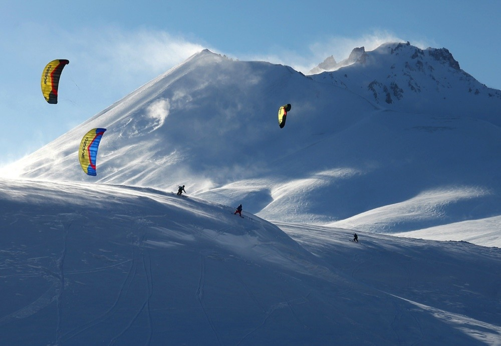 The Erciyes Ski Resort in central Kayseri province is one of the leading snowkite centers in Turkey.