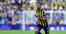 Turkish footballer Topal leaves Fenerbahçe