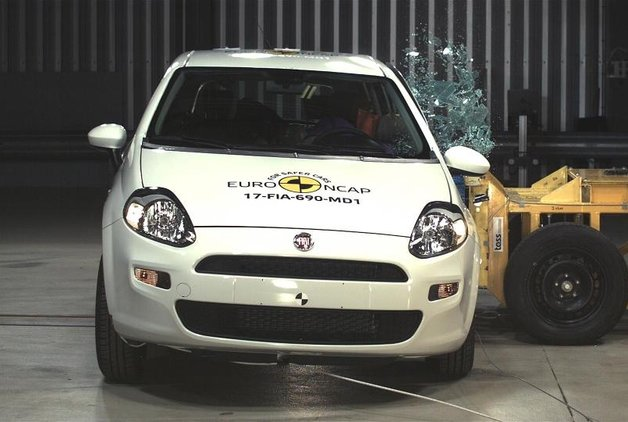 Fiat Punto Euro NCAP'ten 0 aldı