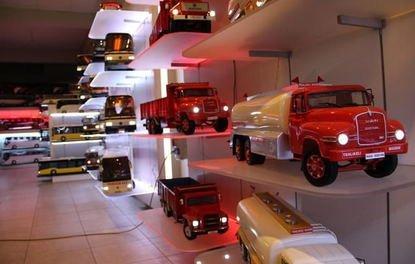 Aydında el emeği kamyonlara dünya talip oldu