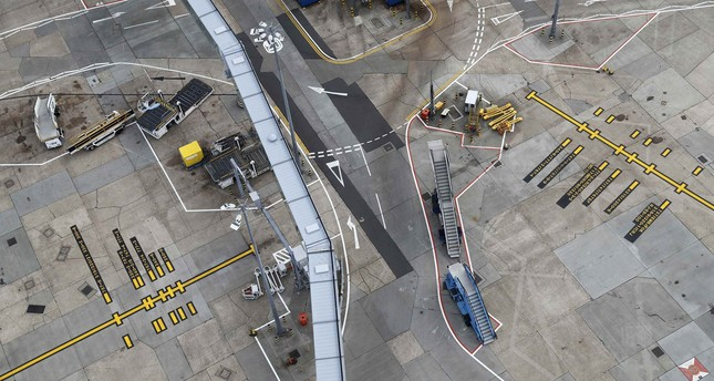 UK government approves Heathrow airport expansion