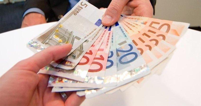 Almanların çoğu maaştan memnun