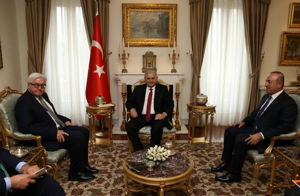 Prime Minister Yu0131ldu0131ru0131m (C), accompanied by Foreign Minister u00c7avuu015fou011flu (R), meets with German FM Steinmeier in Ankara, on Nov. 15, 2016.