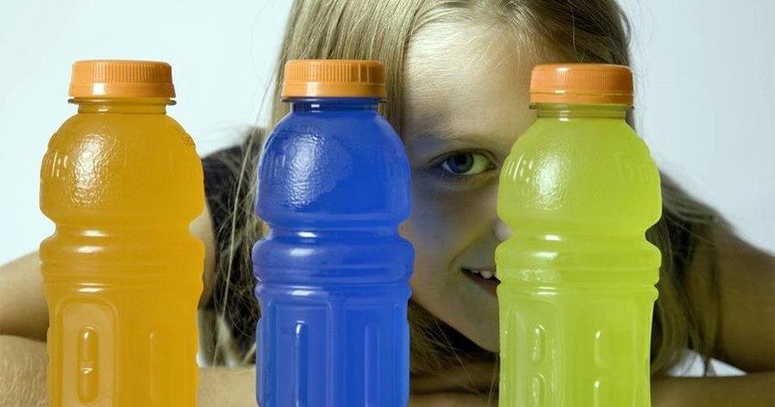 Enerji içeceğine yaş kısıtlaması