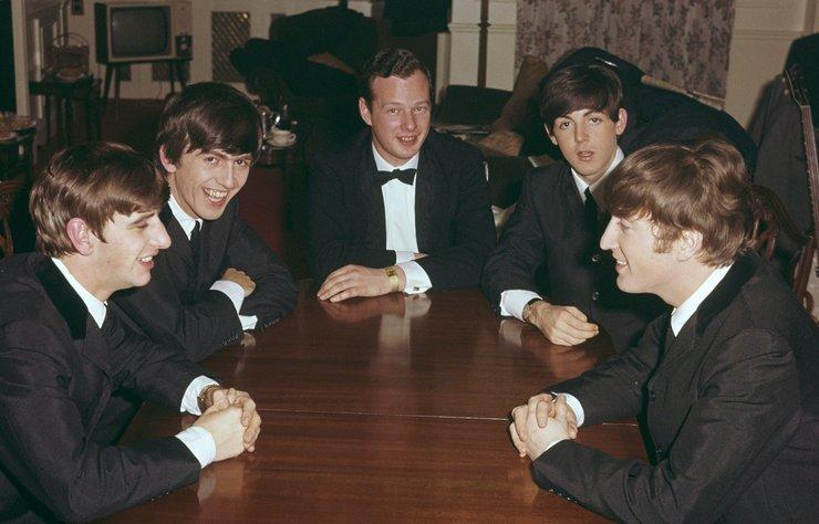 """5'inci Beatle olarak anılan Brian Epstein'ın hikayesi """"Midas Man"""" ismiyle beyazperdeye aktarılacak."""