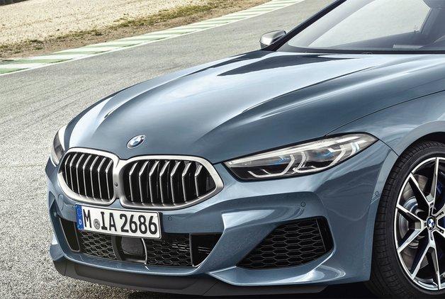 BMW 8 geri döndü
