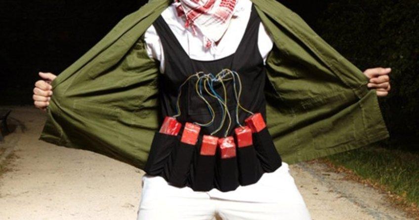 2 terörist, canlı bomba yelekleri ve patlayıcılarla gözaltına alındı