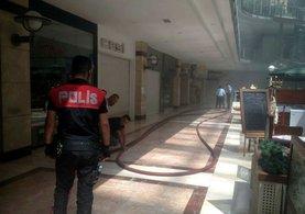 Ankara'da AVM'de yangın paniği!