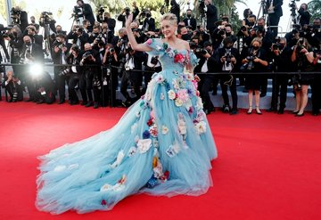 Sharon Stone Cannes'da Cindirella Gibi